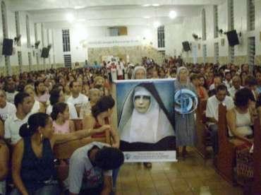 Feier der Ehrwürdigen Dienerin Gottes Mutter Franziska vom Kreuz in Brasilien